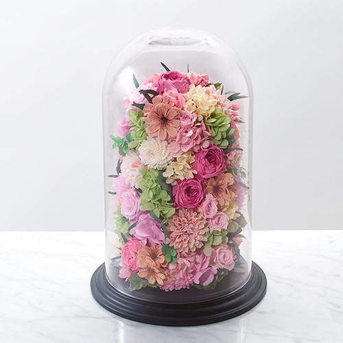 バラとカーネーションのランタン型のプリザーブドフラワーの画像