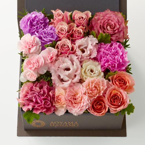 ピンクのバラとカーネーションの敬老の日ボックスフラワー